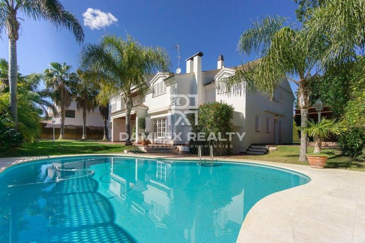 Villa en Can Teixido, Alella