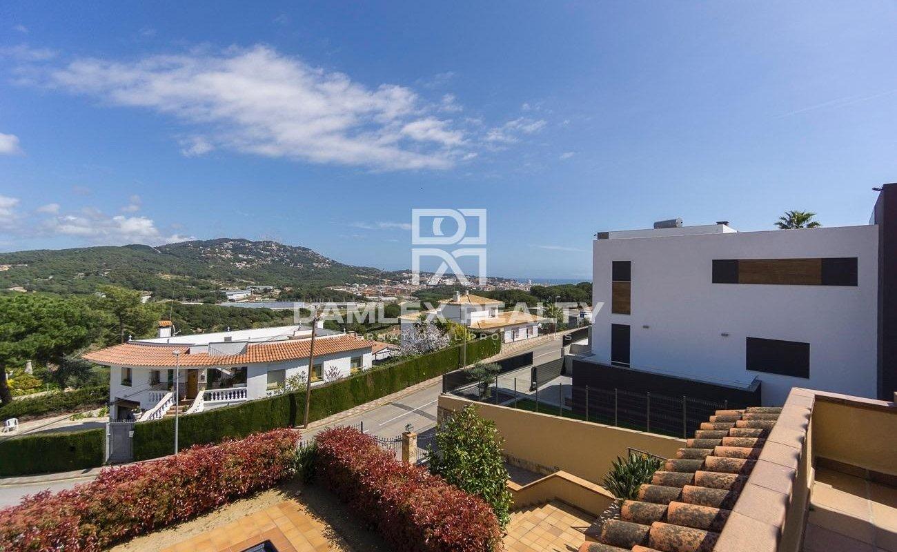 Casa en una urbanizacion cerca del centro de Lloret de Mar