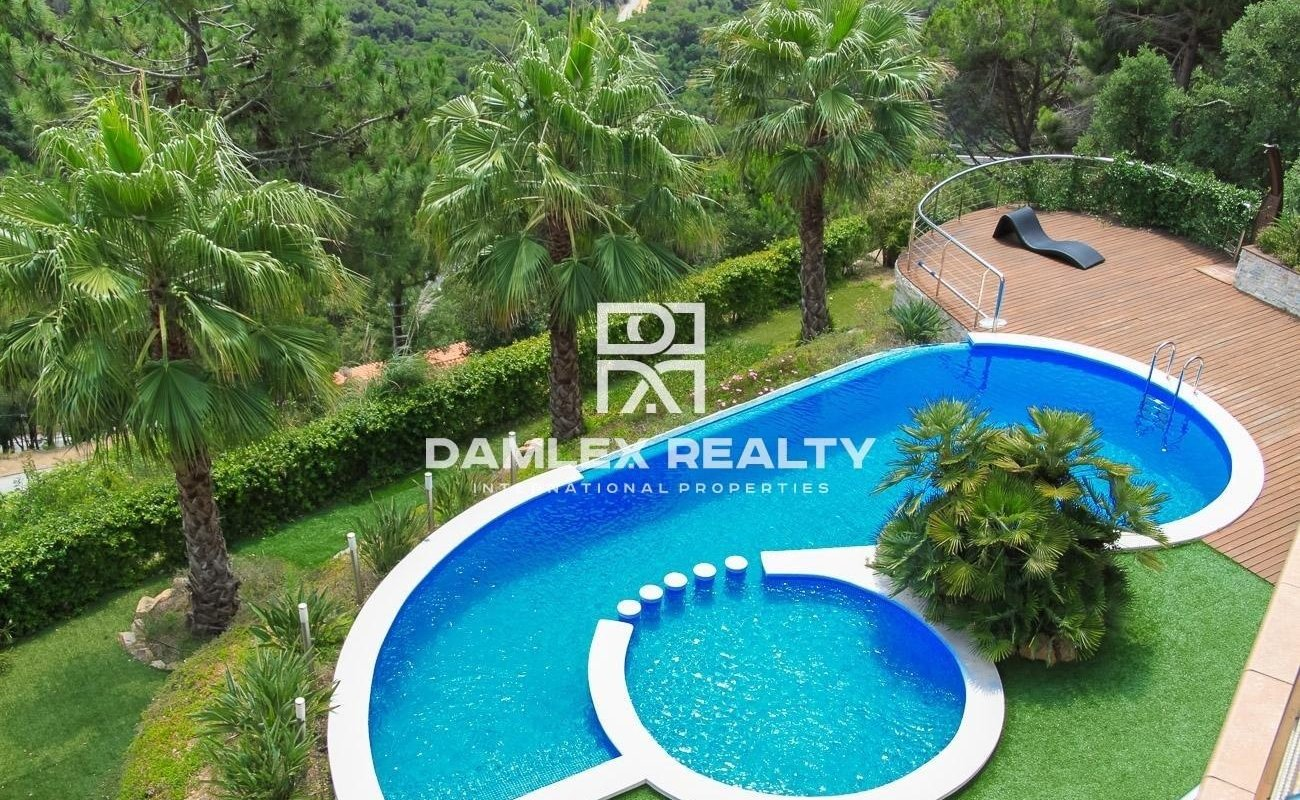 Villa de lujo con vistas panorámicas al mar. Lloret de Mar