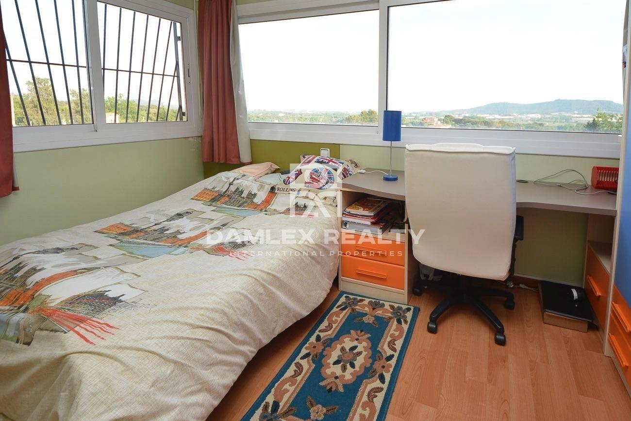 Villa a 4 km de la playa de Blanes y del centro