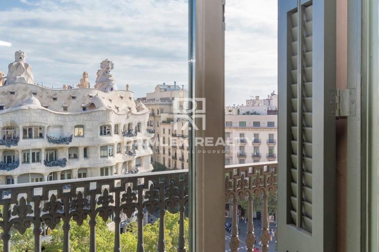Exclusivo apartamento en un edificio histórico en Passeig de Gracia