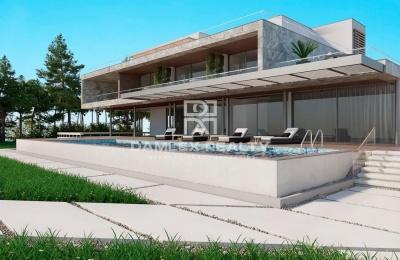 Una oferta única! Villa en la primera línea del mar con acceso directo a la playa