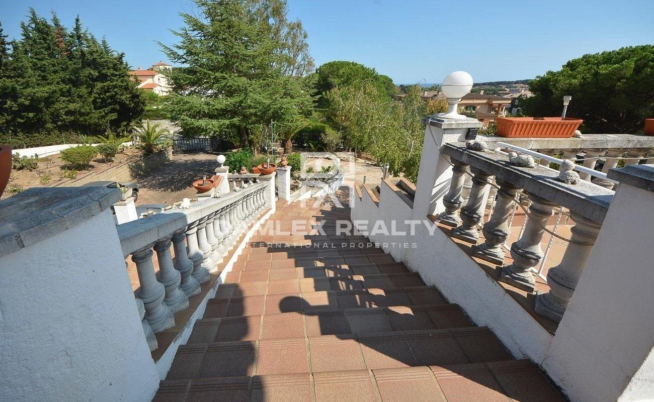Amplia casa con vistas al mar y a la montaña Costa Brava