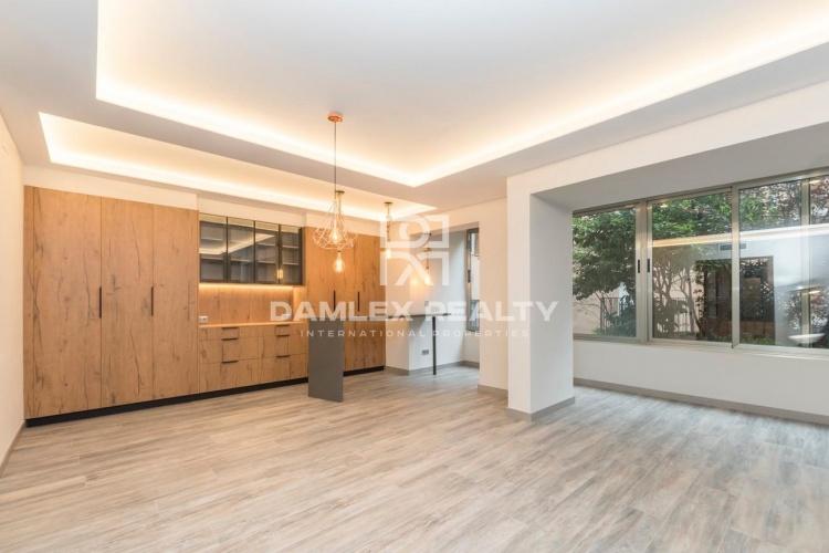 Amplio apartamento reformado en la zona de San Gervasi, Barcelona