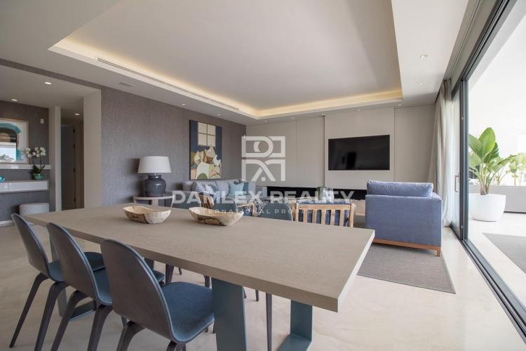 Apartamentos de lujo en un exclusivo complejo residencial en la Milla de Oro, Marbella