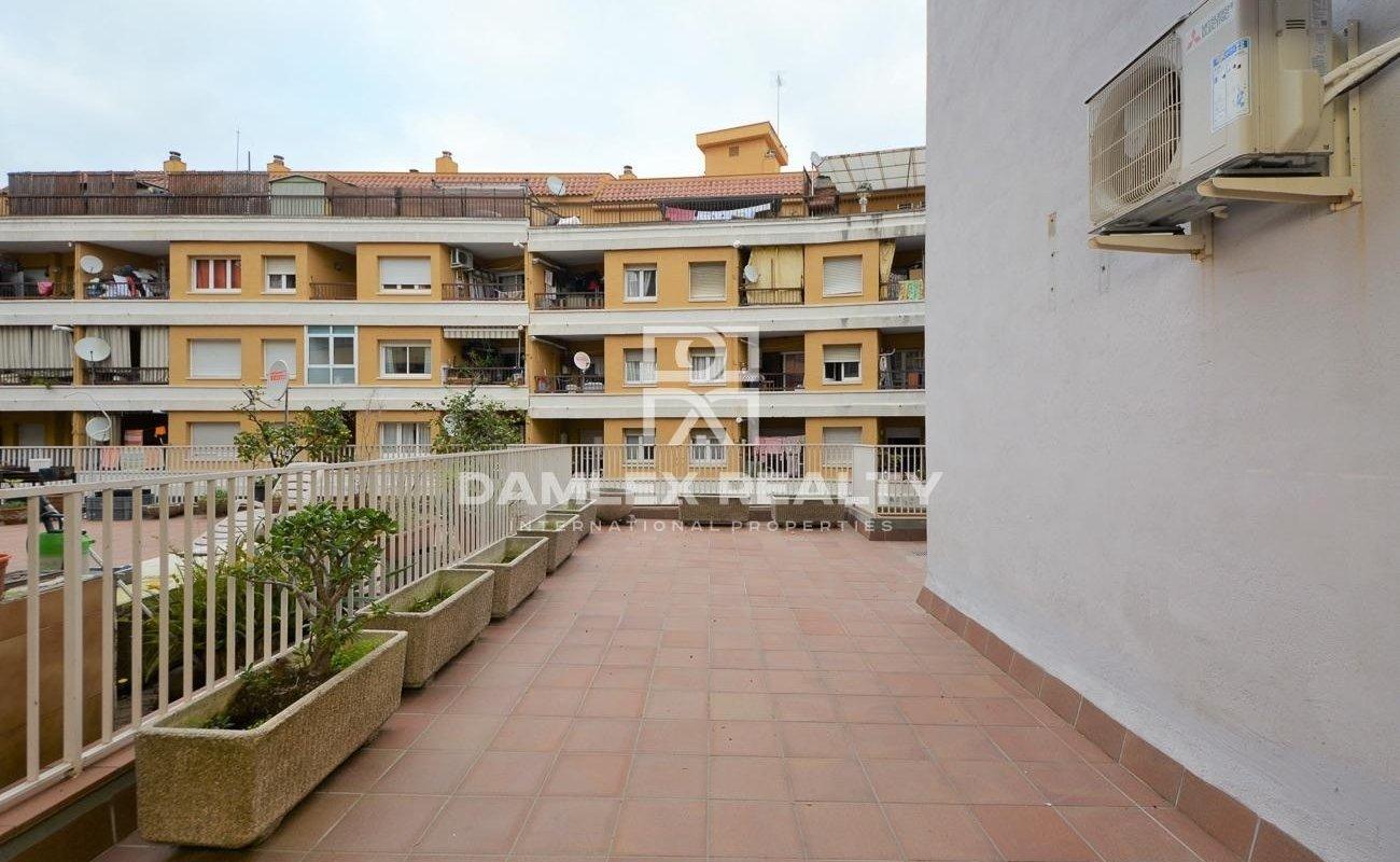 Piso reformado en Lloret de Mar con gran terraza