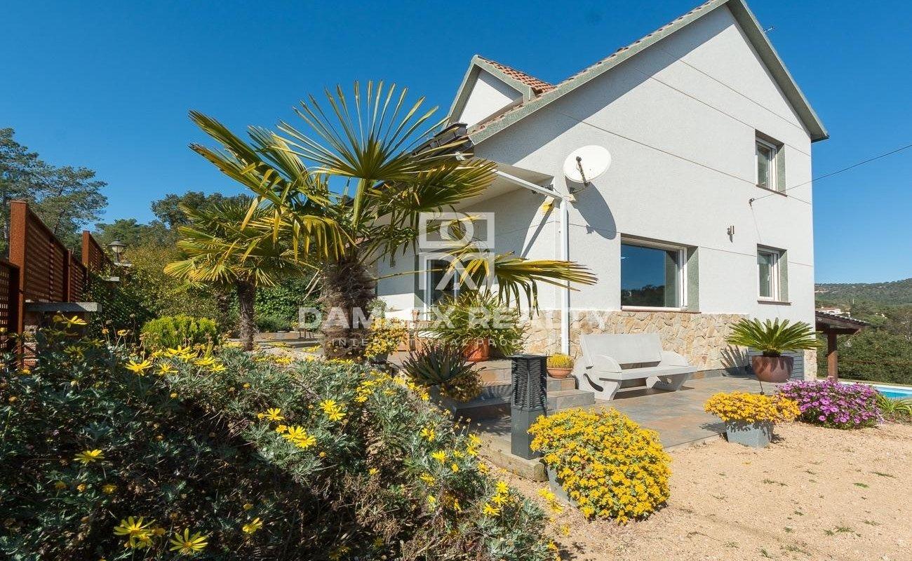 Hermosa casa, ideal para los amantes de la naturaleza en la Costa Brava.