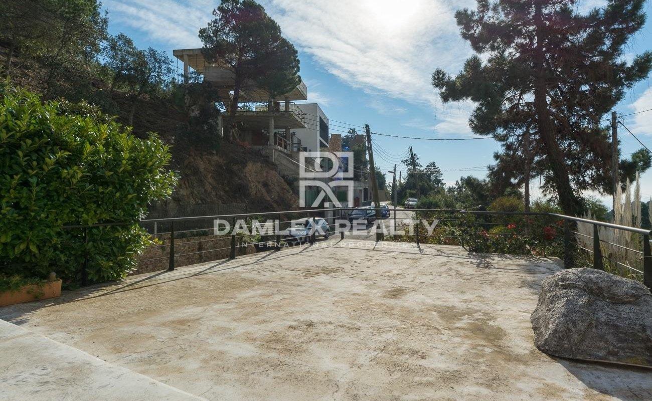 Villa renovada con licencia turistica