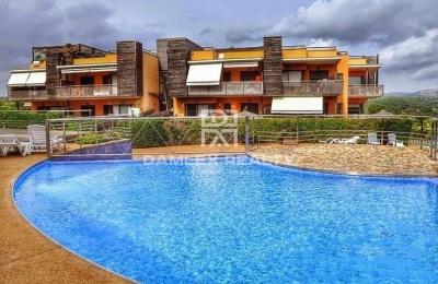 Apartamentos en un bonito complejo residencial cerca de la playa.