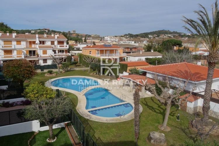 Apartamento con bonitas vistas en la ciudad de S`Agaró.