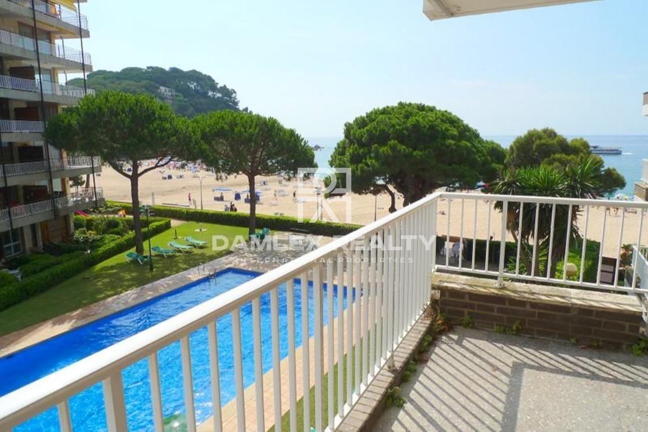 Apartamento de 240 m2 en primera línea de mar.