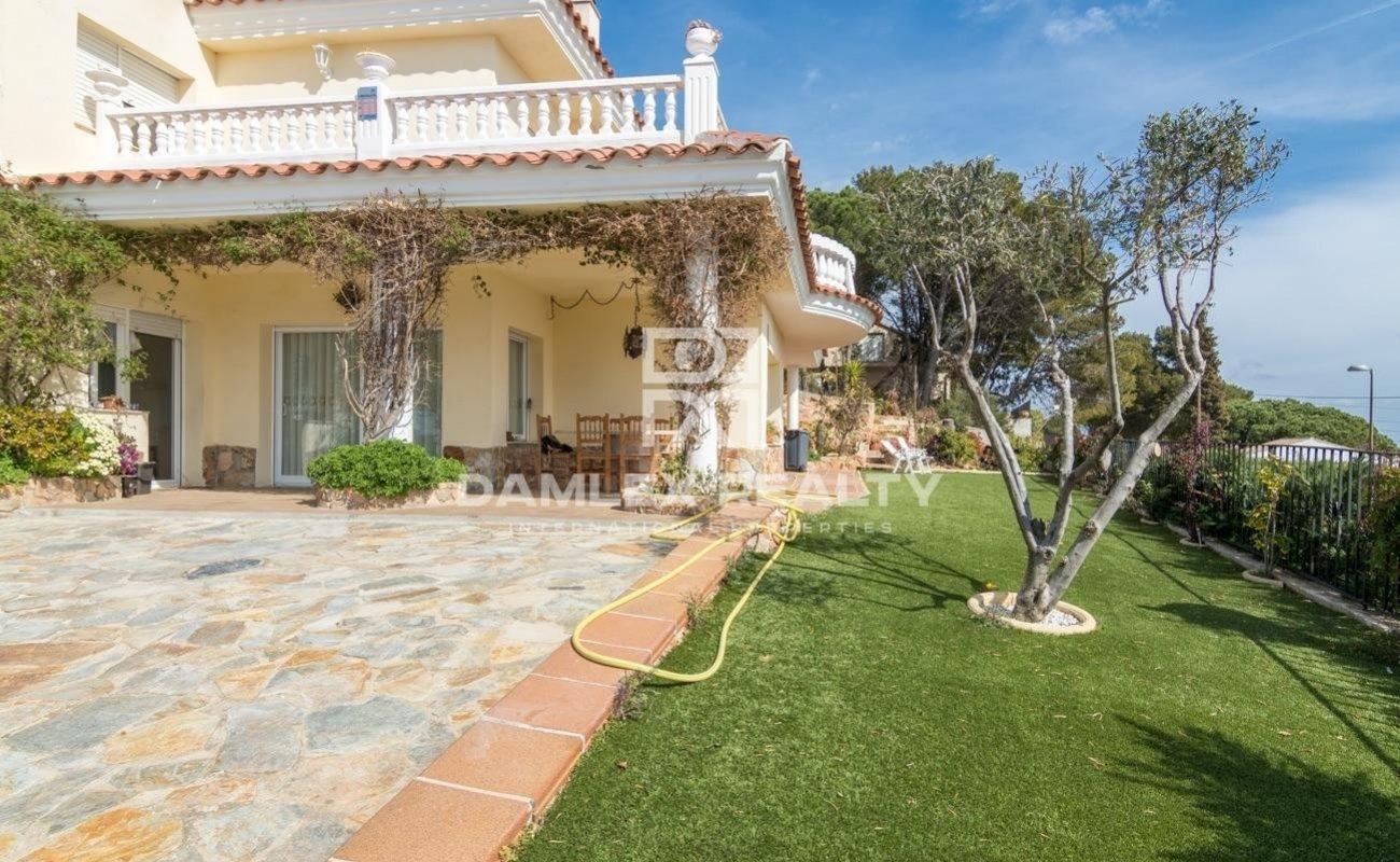 Villa con vistas panorámicas al mar en Blanes.