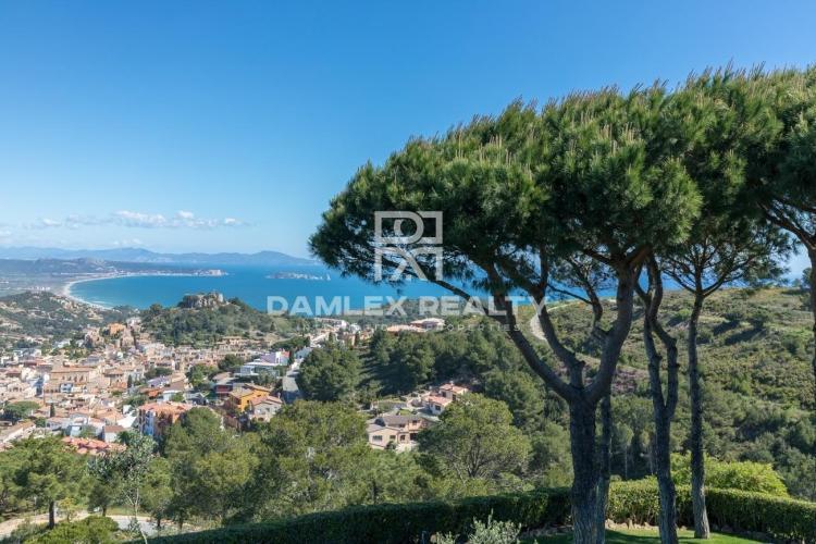 Villa de estilo mediterráneo con fabulosas vistas al mar