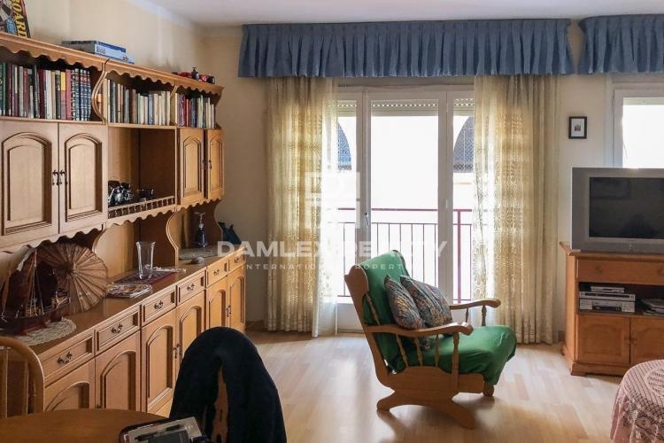 Bonito apartamento de 100m2, exterior y muy luminoso, en el centro de Arenys de Mar