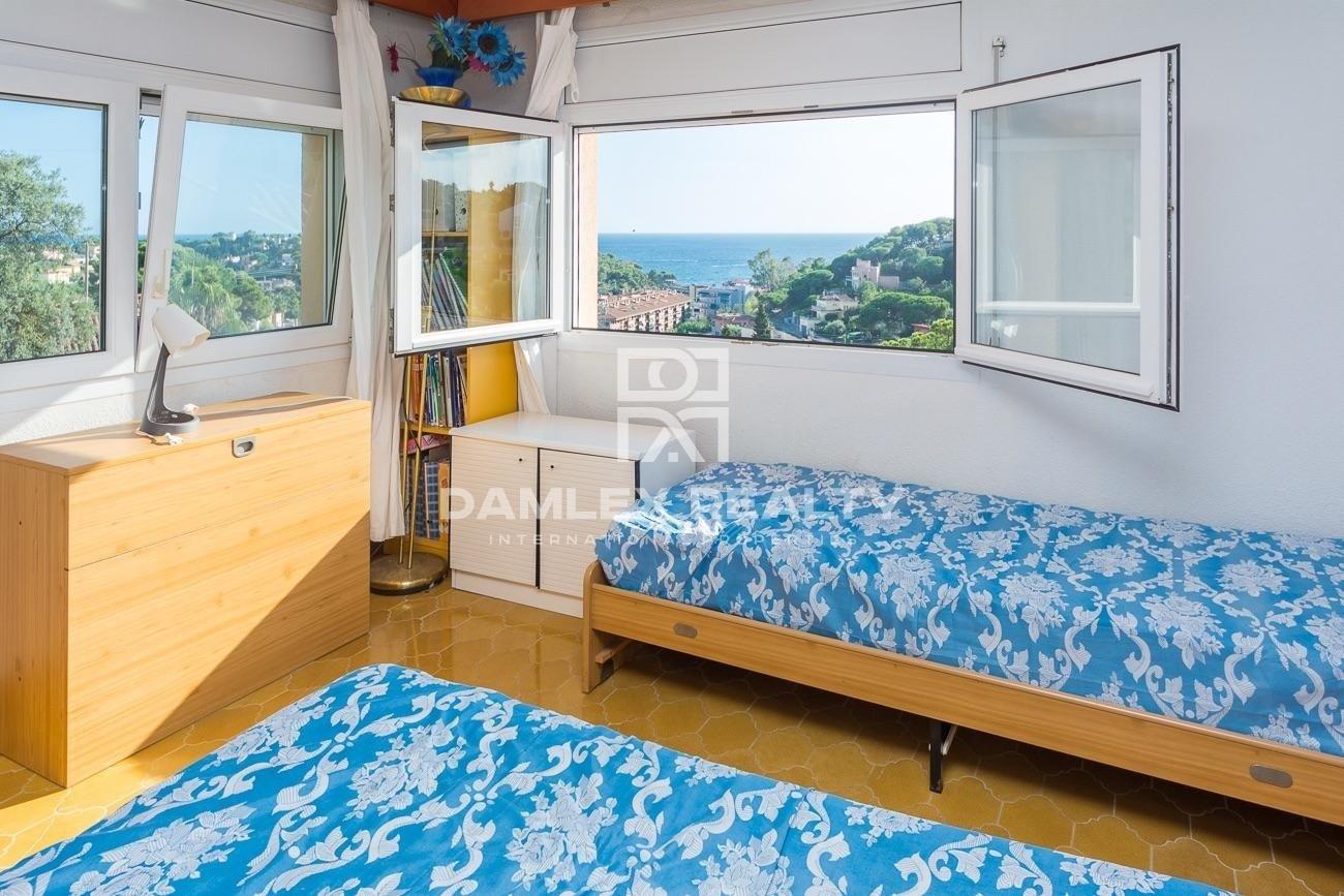 Importante propiedad con vista mar y licencia turistica