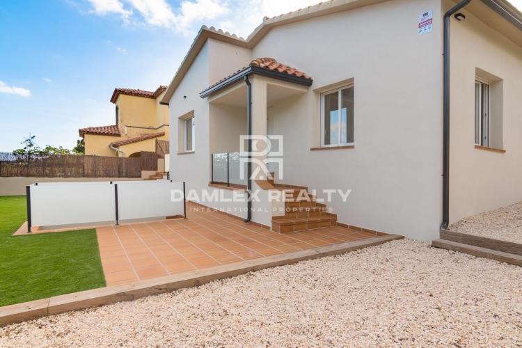 Bonita casa moderna a 5min de la playa de Sant Pol