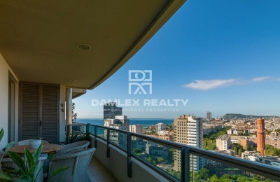 Apartamento en Diagonal Mar con impresionantes vistas al mar y a la ciudad.