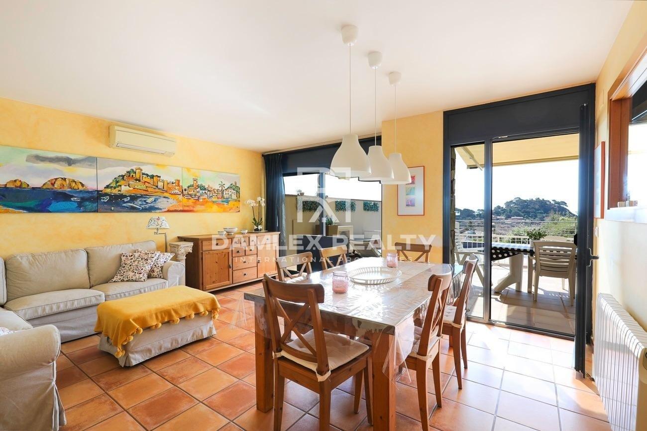 Casa adosada con vistas panorámicas al mar en Tossa de Mar