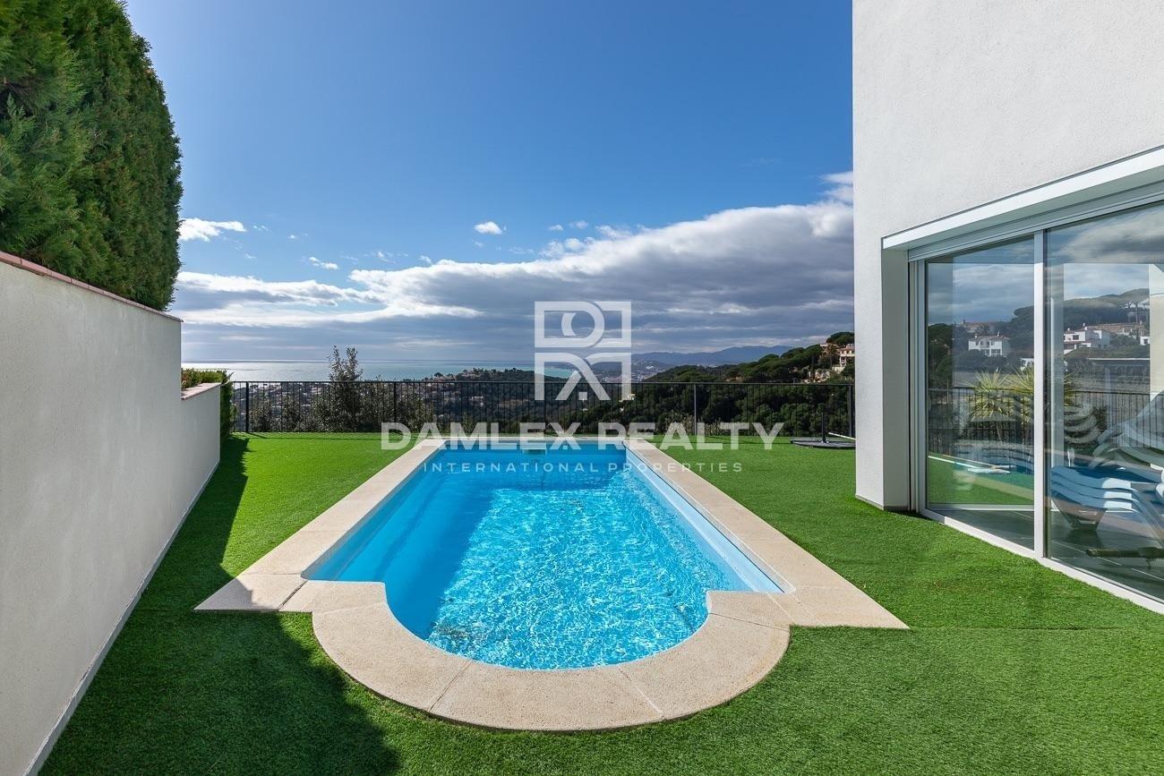 Casa con espectacular vista al mar con licencia turistica
