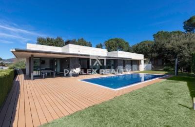 Esplendida Casa moderna en Calonge