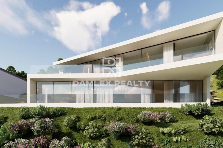 Villa nueva y de estilo moderno con impresionantes vistas en Playa de Aro