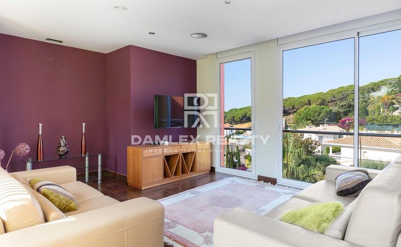 Casa lujosa y moderna en La Montgoda