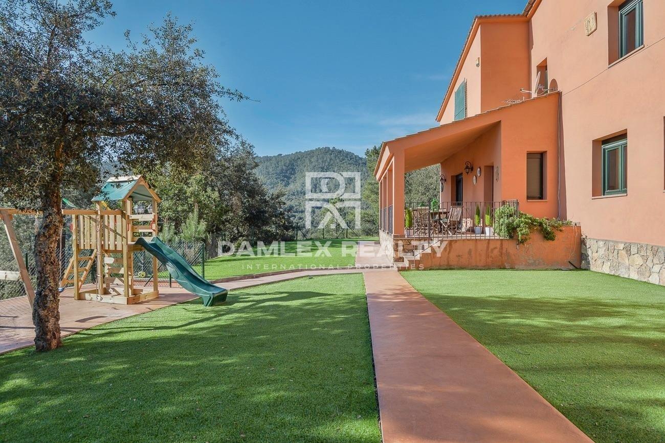 Hermosa villa turistica en plena naturaleza
