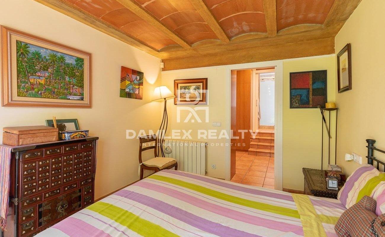 Casa cerca de la playa en la urbanización Cala Sant Francesc