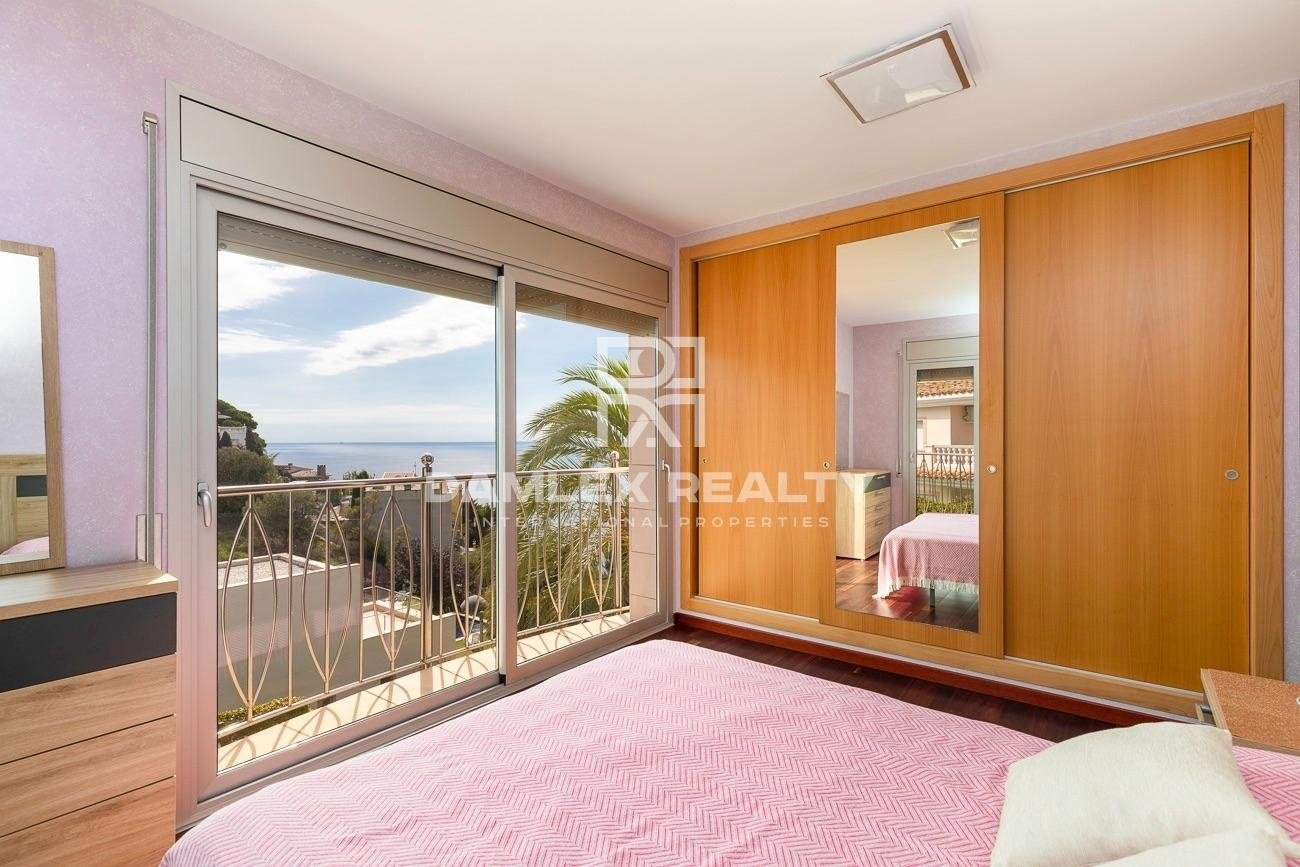 Villa de lujo en urbanización La Montgoda