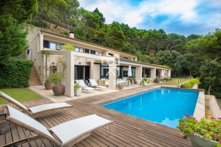 Villa de lujo en el lugar más pintoresco de la Costa Brava