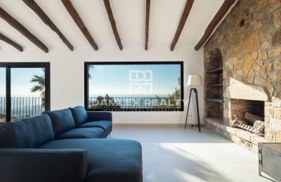 Encantadora villa totalmente reformada con impresionantes vistas al mar y cerca de la Platja de Aro