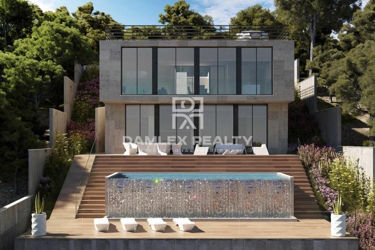 Nueva villa de diseño moderno con vistas al mar a 30 km de Barcelona