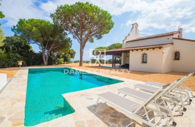Magnífica casa con un diseño muy refinado, con vista al mar y licencia turística