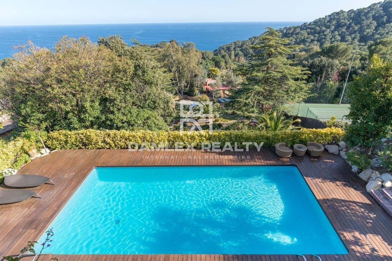 Villa a 600 metros de la playa, en Santa Cristina, Blanes