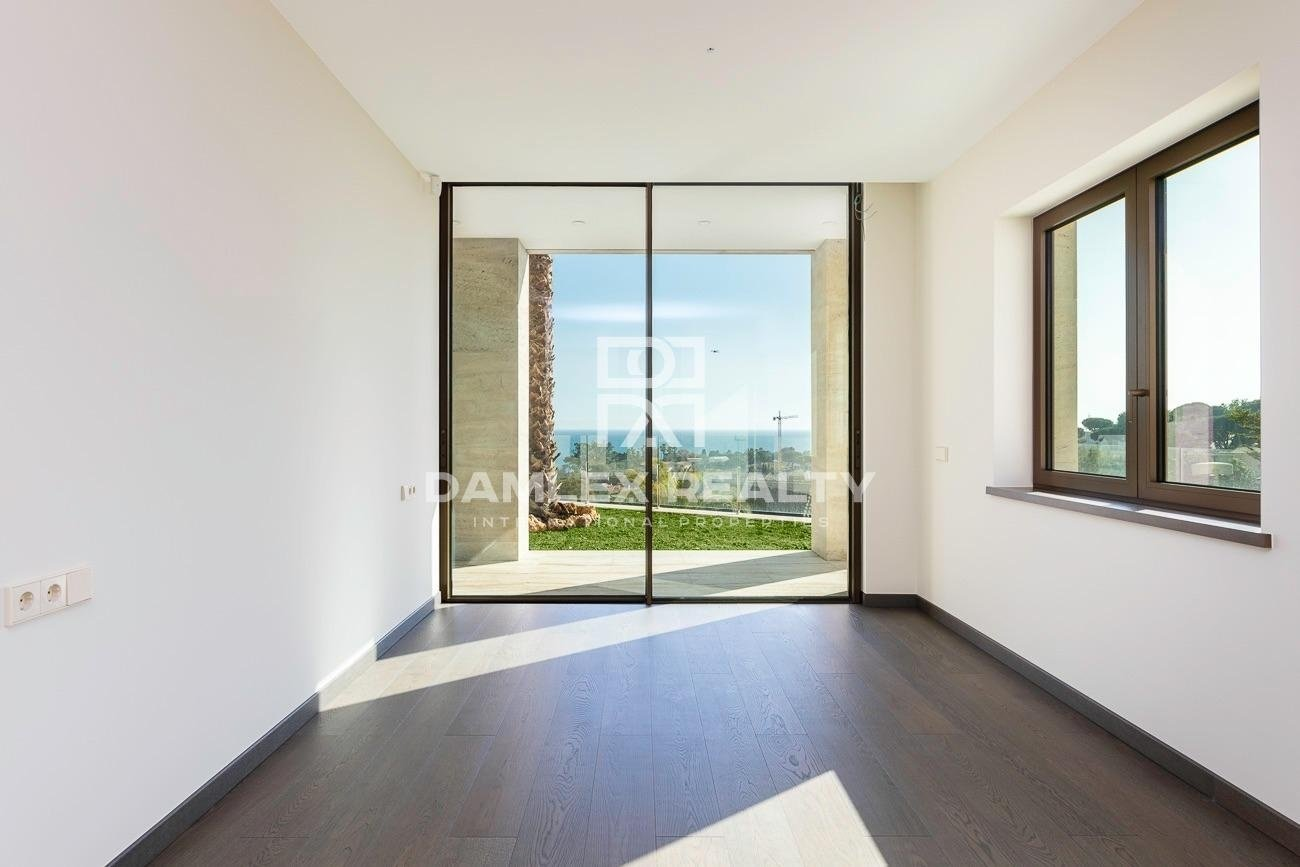 Villa de lujo con vistas panorámicas al mar, en la urbanización de lujo Cala Sant Francesc
