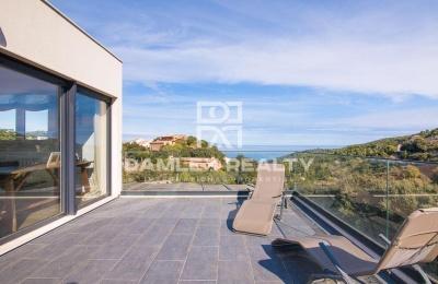 Casa en Begur a un paseo del centro ciudad, con vistas al mar