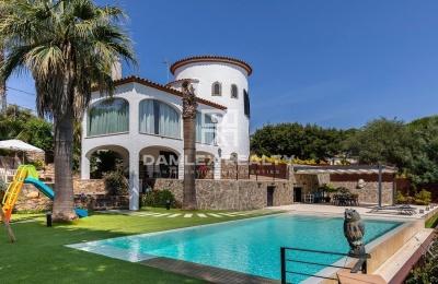 Casa con vistas al mar en la tranquila urbanización Platja d`Aro