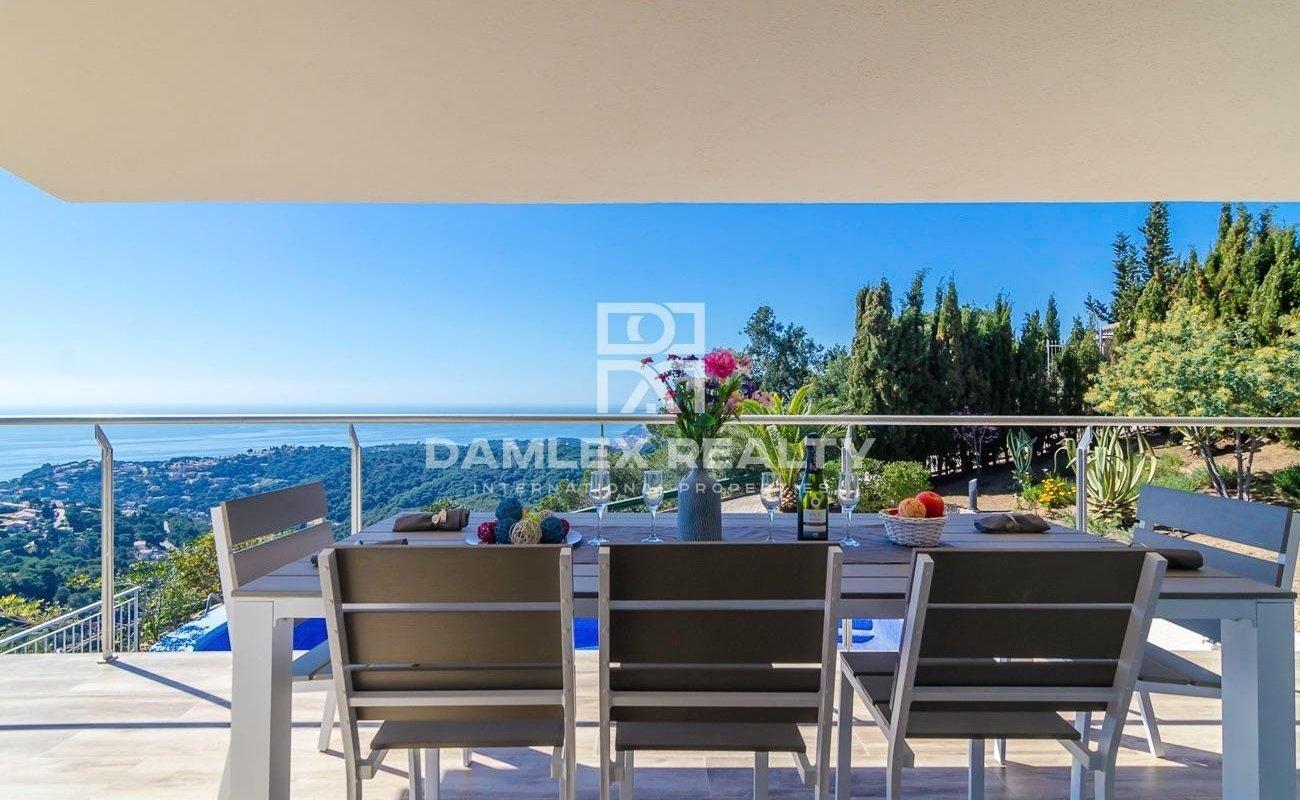 Casa / Villa de 12 habitaciones, parcela 2921m2, en venta en Lloret de Mar, Costa Brava