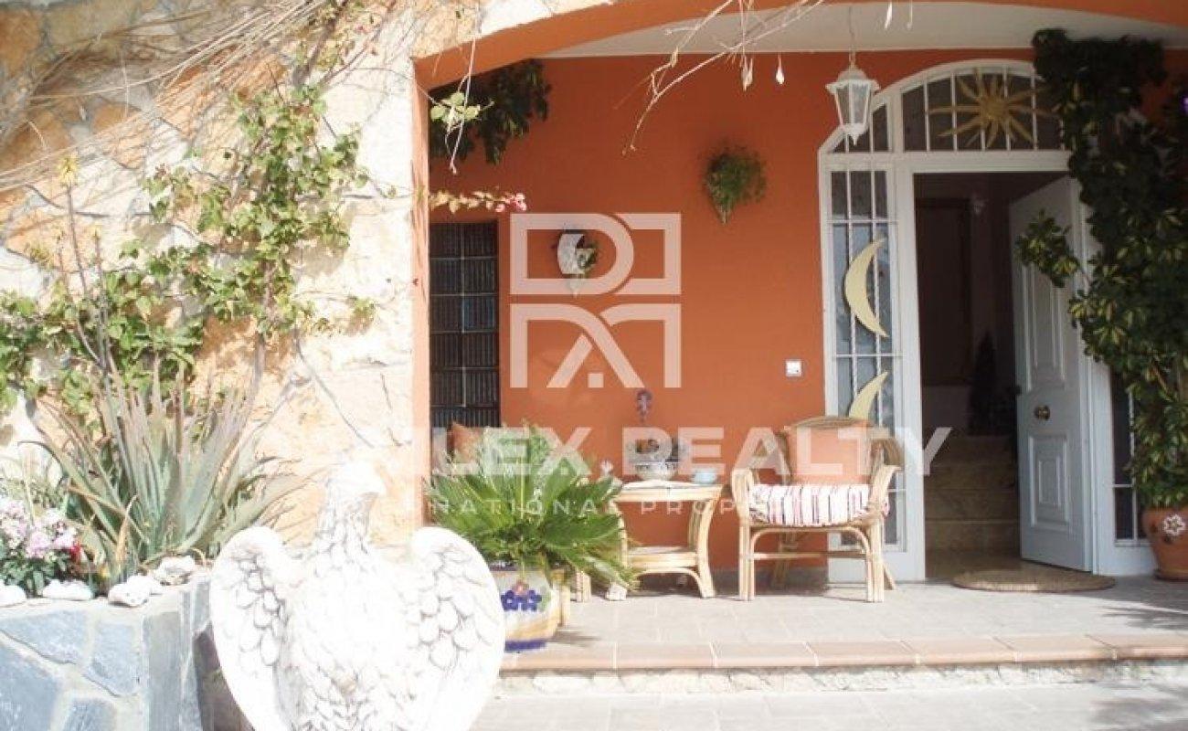 Villa en primera línea de mar en Lloret de Mar